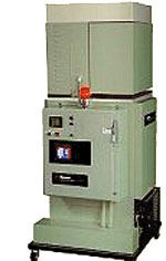 The Convert-A-Drum™ bulk hot melt adhesive melter from ITW Dynatec®